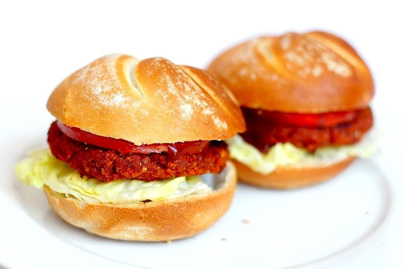 Recept vegan tomatenburger van pasta